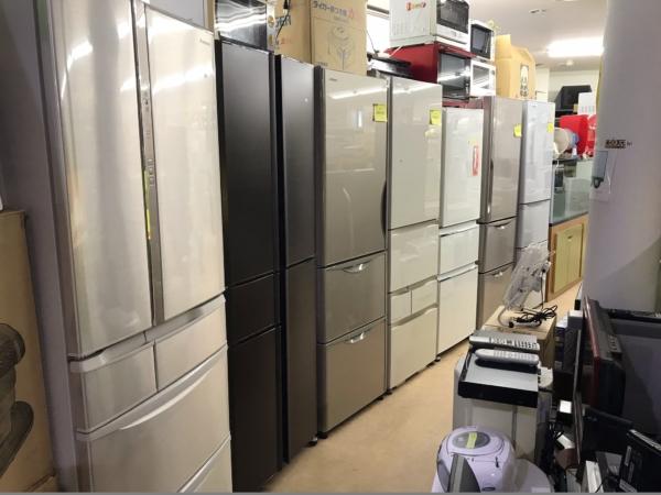 宮崎リサイクル館の冷蔵庫コーナー