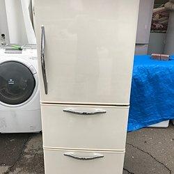 7年前の3ドア冷蔵庫を10,000円で買取致しました!!!のイメージ