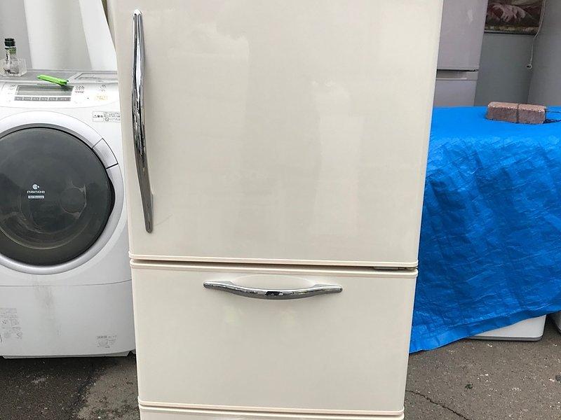 7年前の3ドア冷蔵庫を10,000円で買取致しました!!!