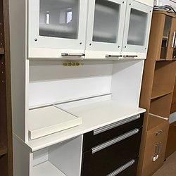 美品!!! おしゃれ!!! スライド収納付き食器棚 19,980円のイメージ